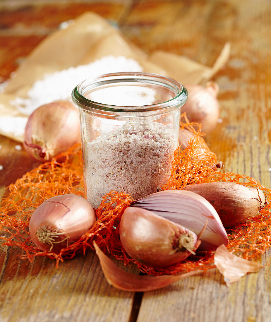 Homemade French shallot salt for salads, beef, veal and fish dishes