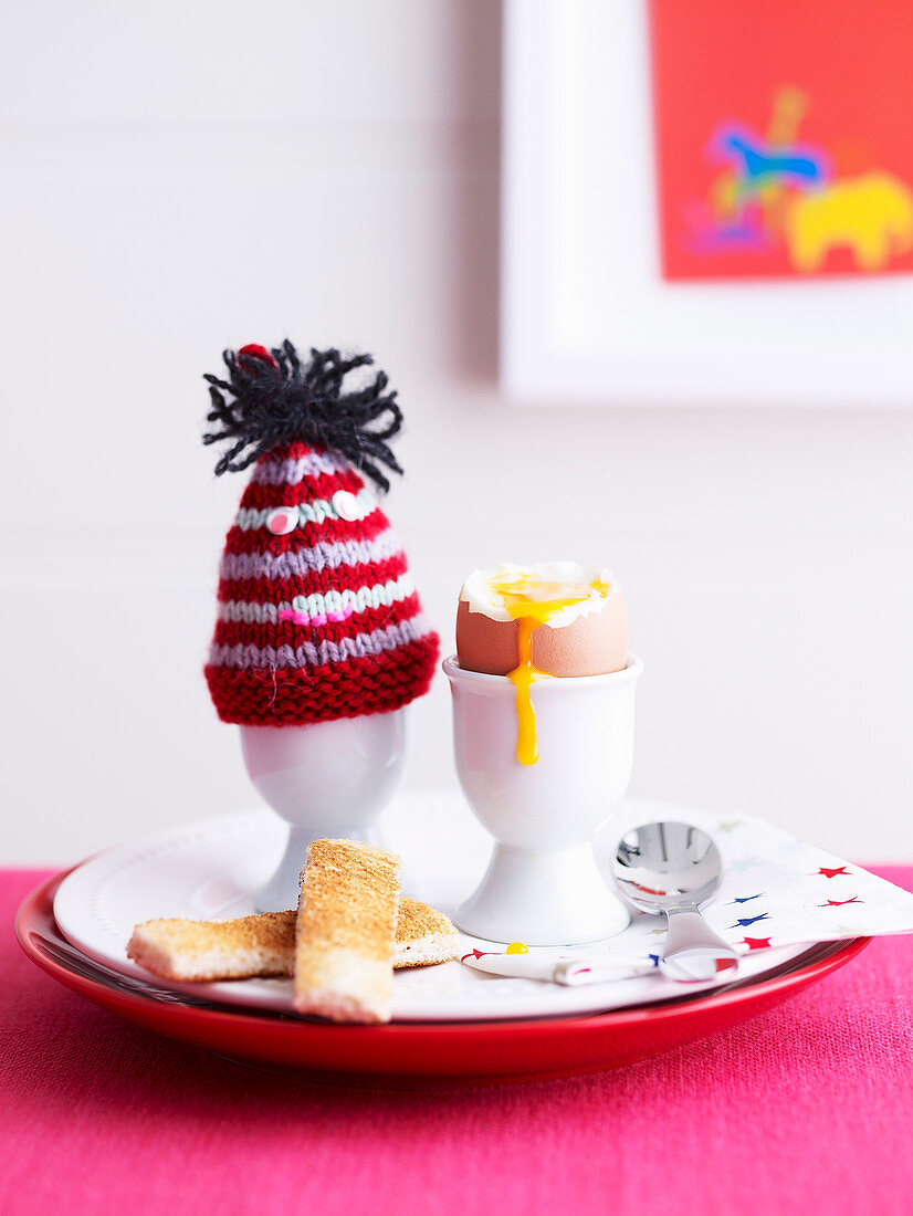 Superfoods For Babies and Toddlers - Toddlers - Breakfast - Boiled Egg with Toast Soldiers