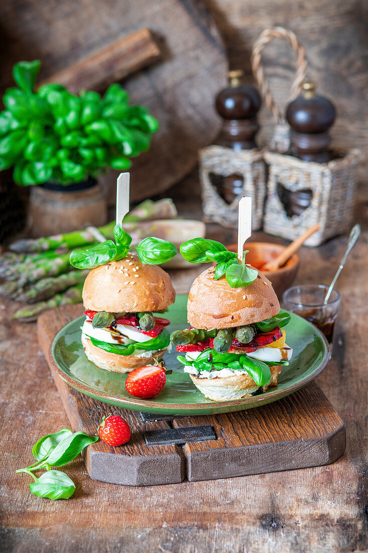 Asparagus strawberry burger