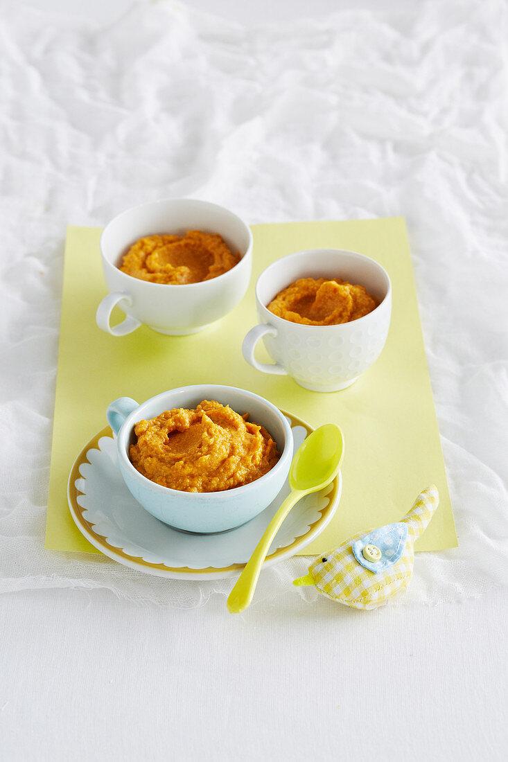 Roast Pumpkin and Chicken Puree for babies (6-9 Months)