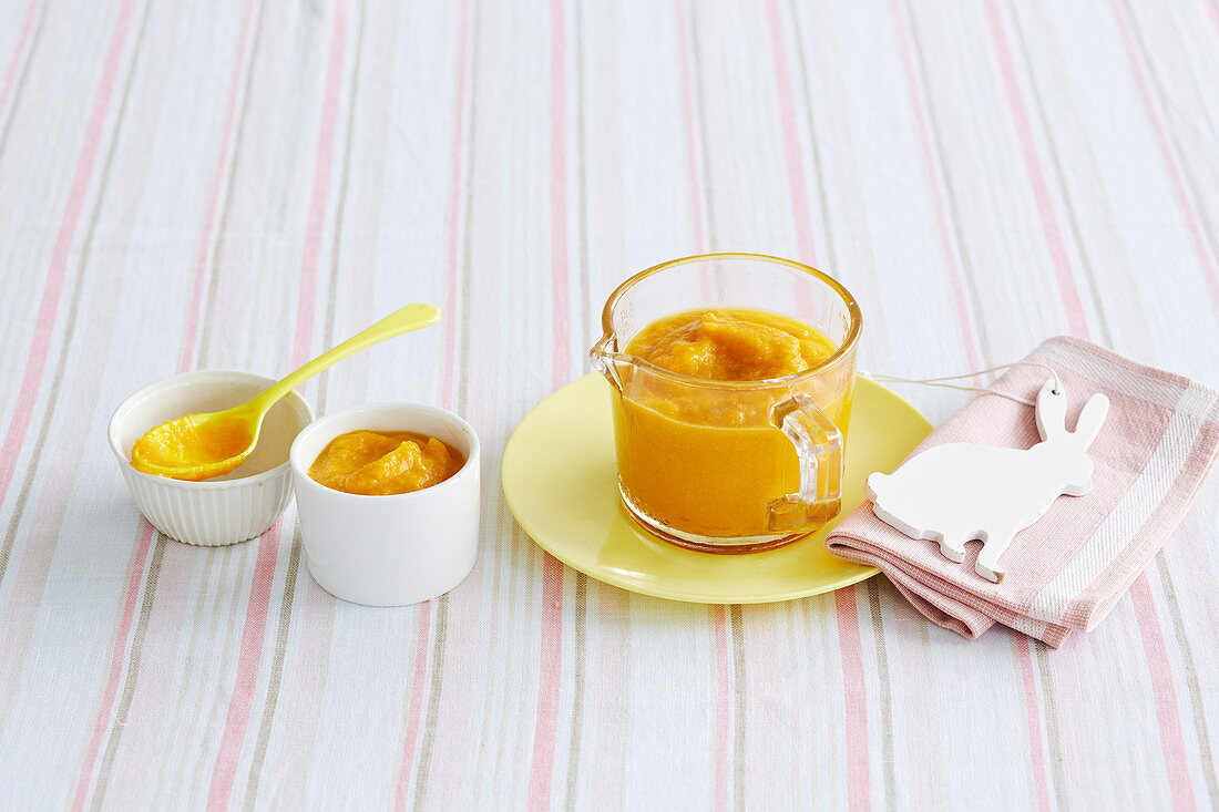 Cauliflower, Pumpkin and Cheddar Puree for babies (6-9 Months)