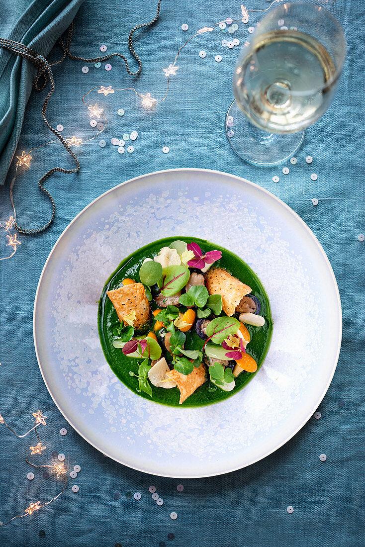 Schnecken mit Spinat (weihnachtlich)