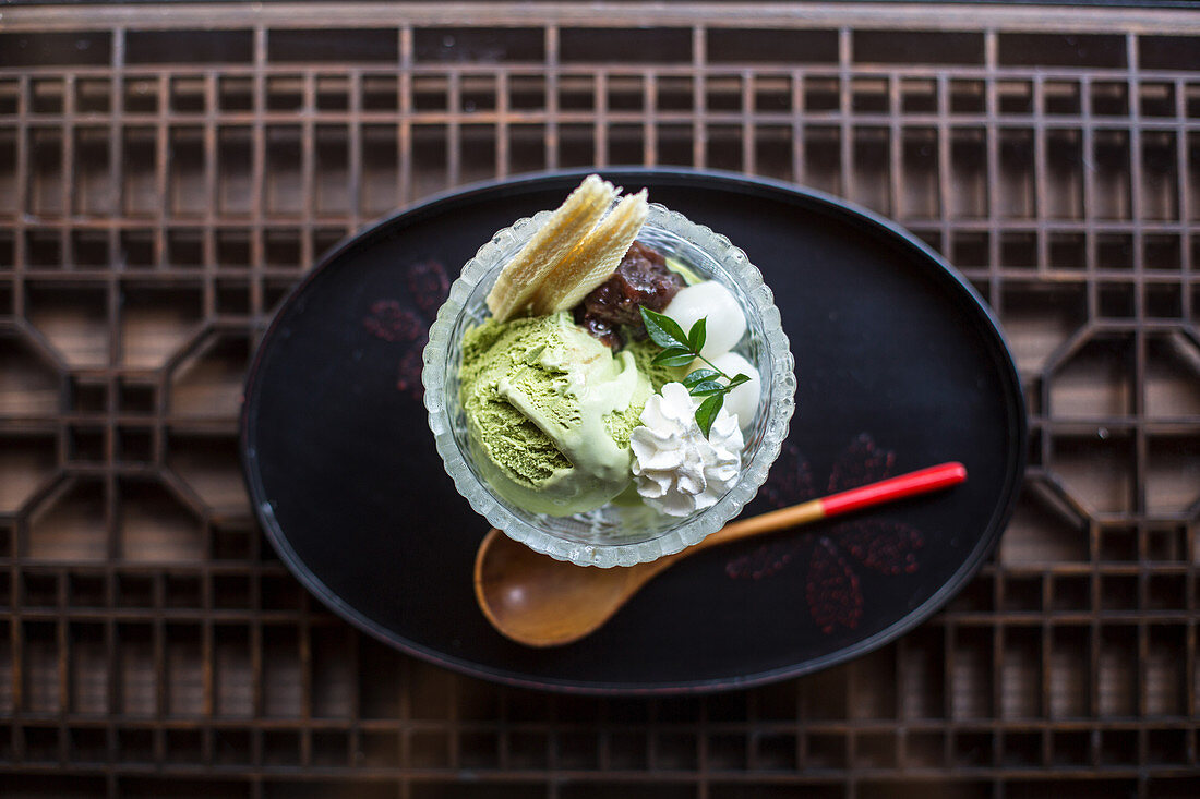 Azuki pudding served with matcha ice cream mochi and cream (Japan)