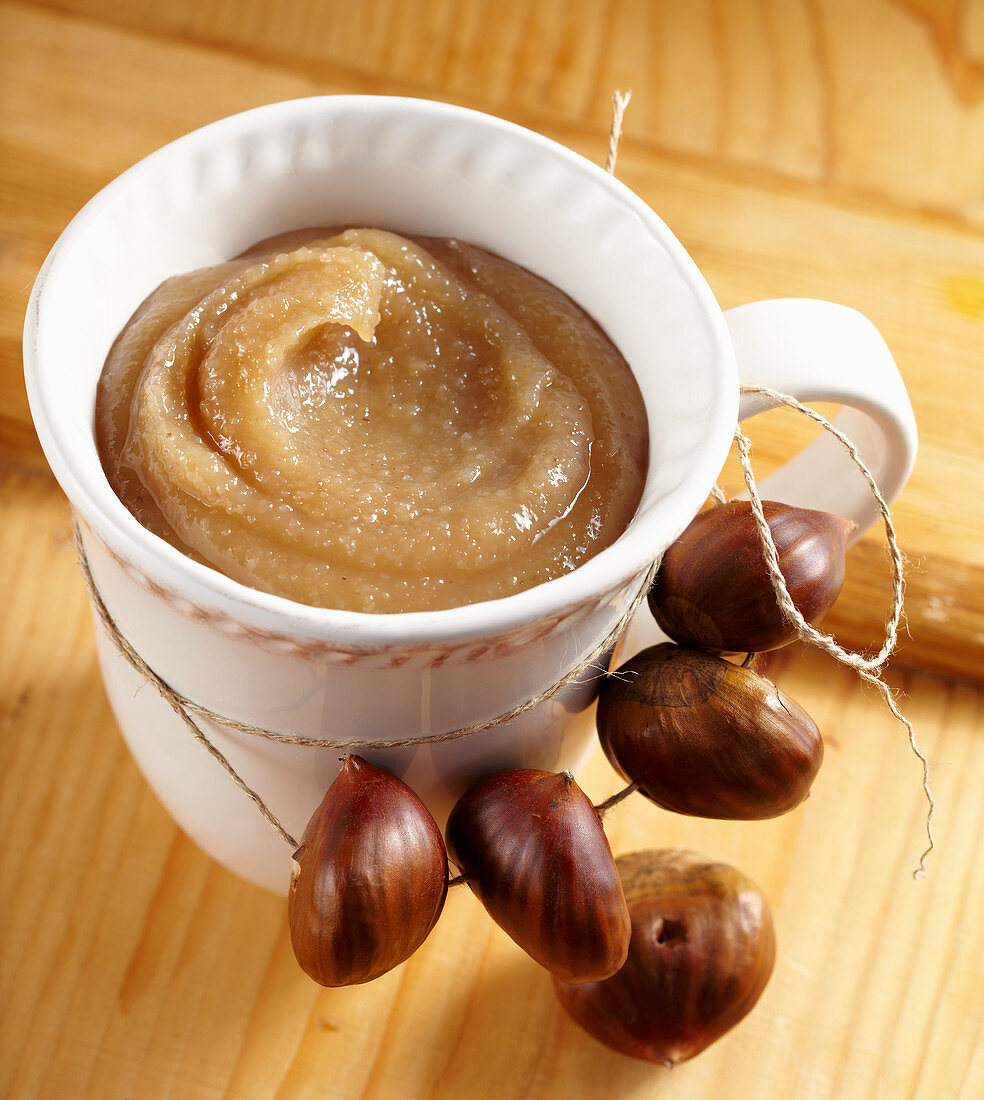Chestnut preserve in a large cup