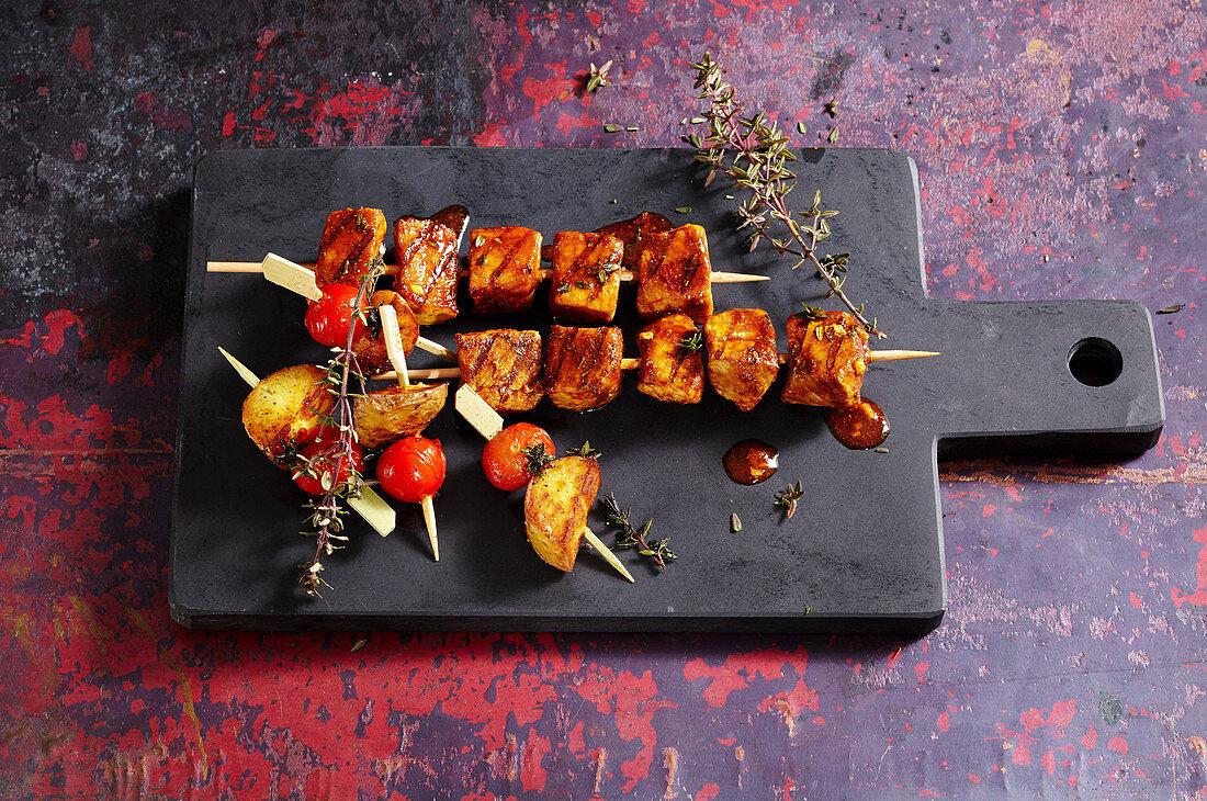 Pinchitos morunos (grilled Canary pork skewers)