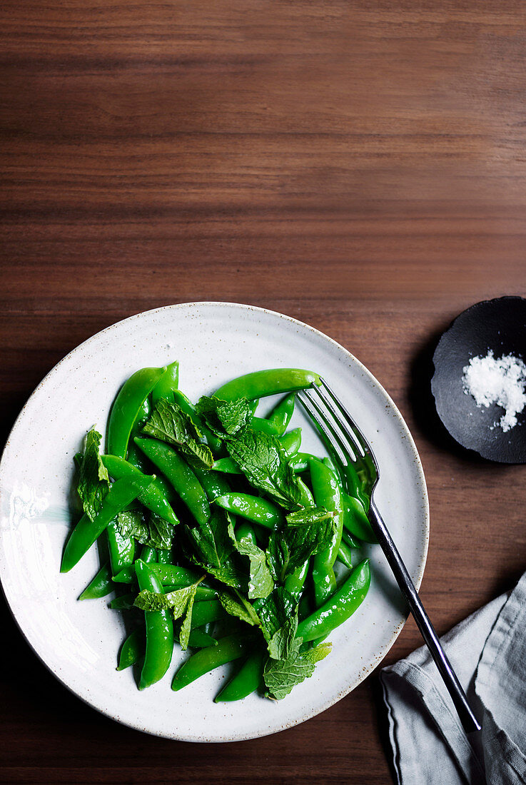 Mangetout scapece with mint dressing