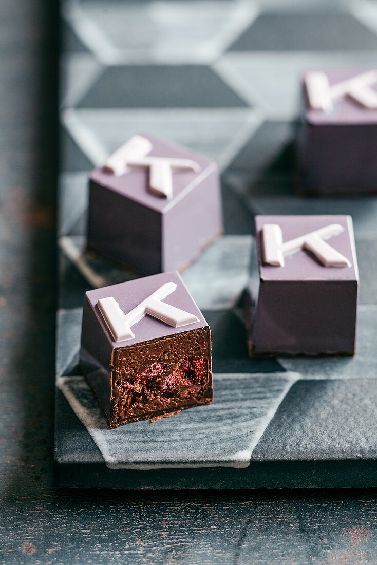 Chocolate pralines with cassis hearts