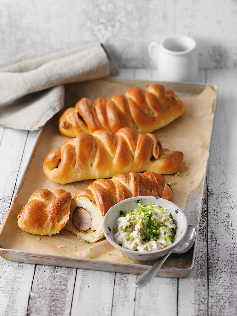 Sausage rolls with an onion dip