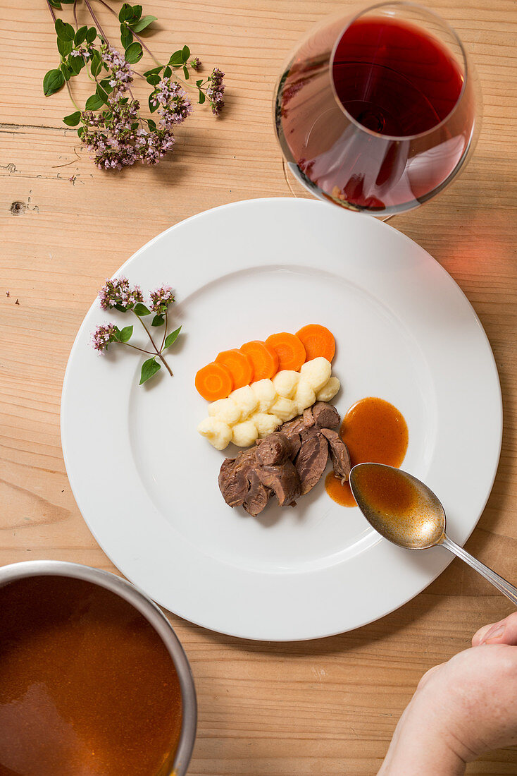 Braised meat with potato puree