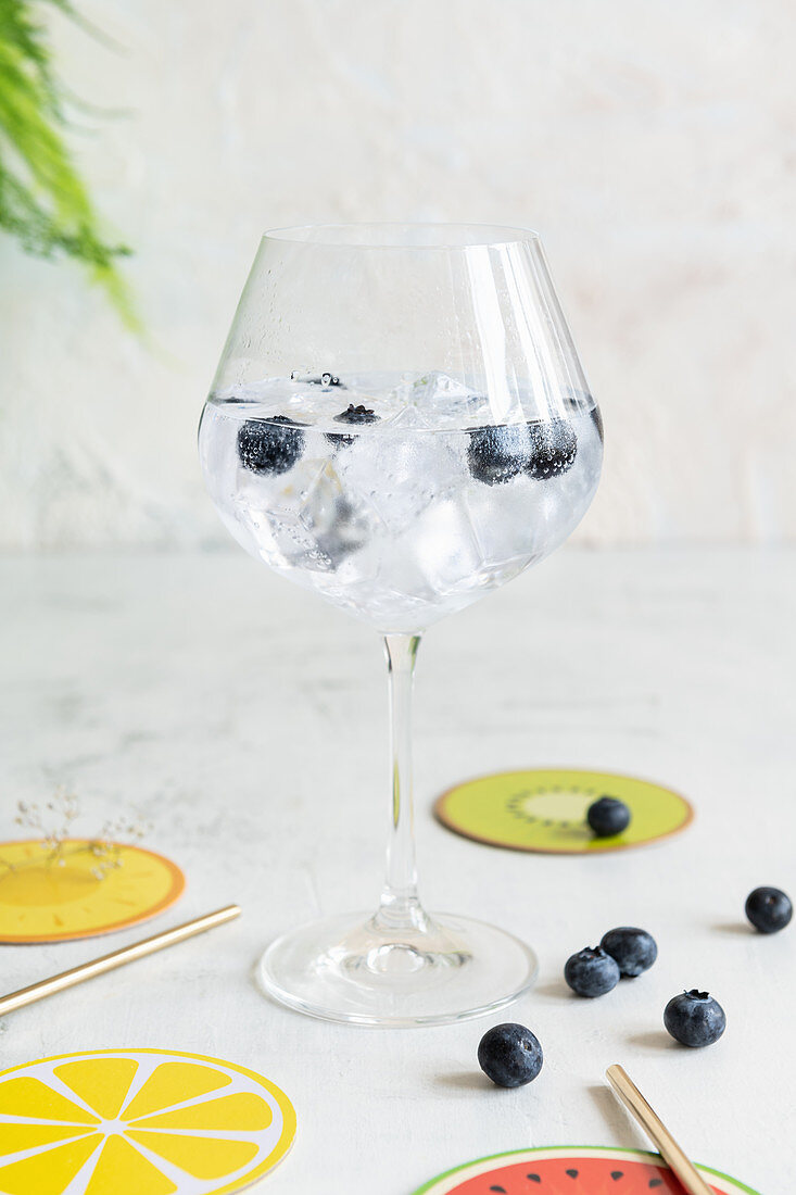Flavoured water with blueberries