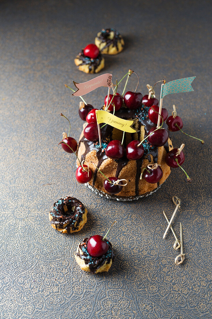 Bundt cake with cherries
