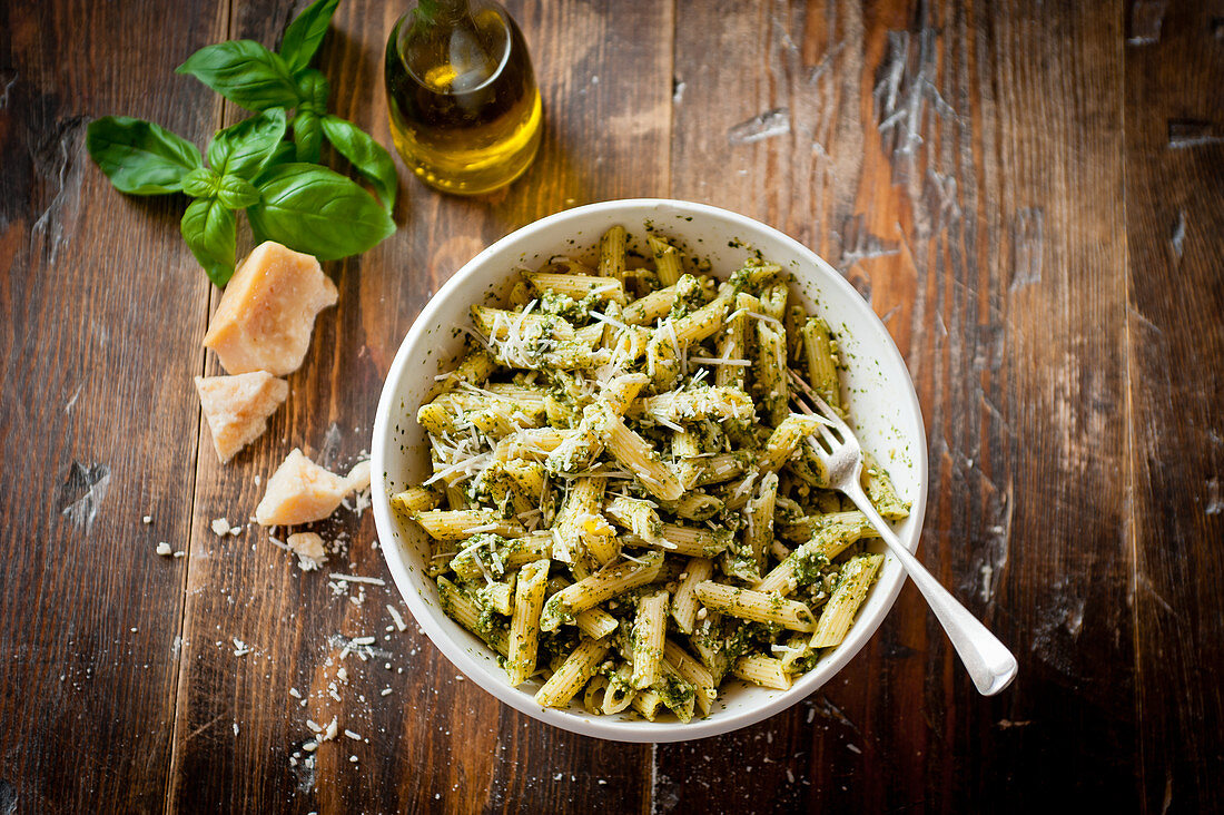 Penne with pesto and parmesan