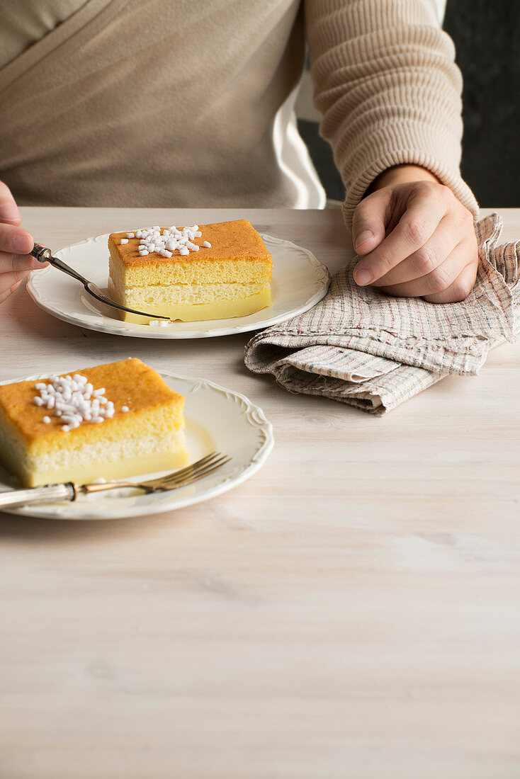 Sponge cake slices with sugar nibs