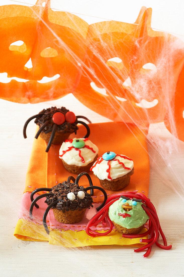 Pumpkin cupcakes for Halloween