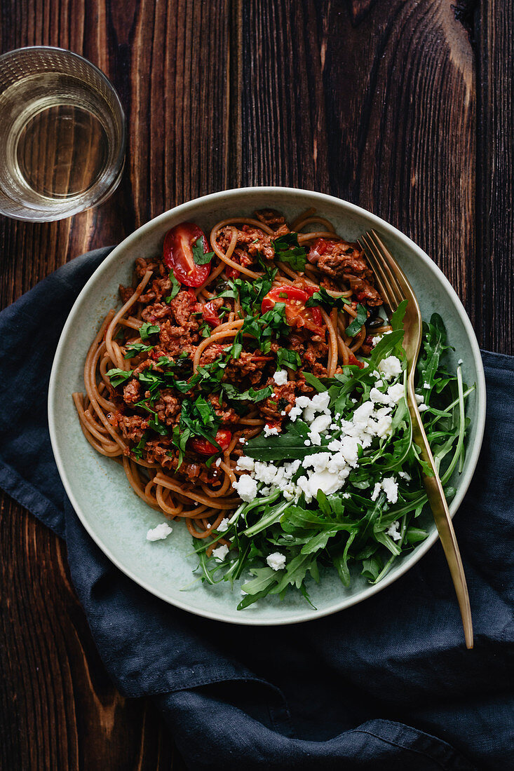 Spaghetti with plant based 'meat'