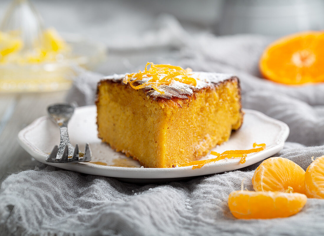 Flourless, gluten free clementine and almond cake