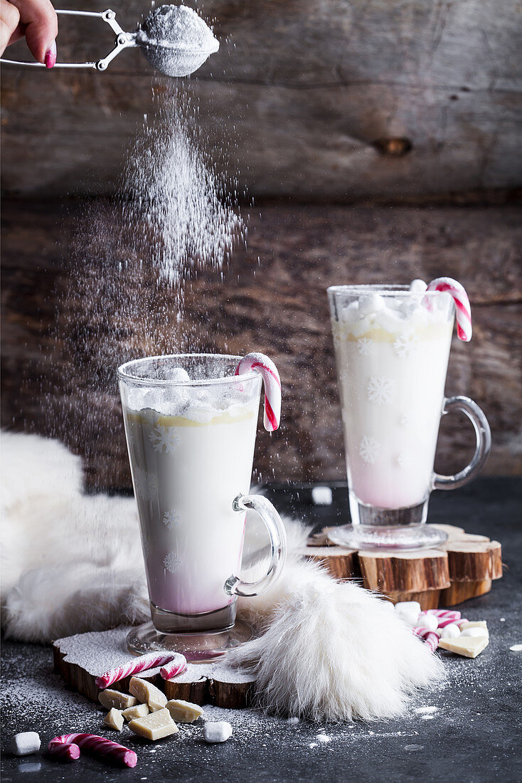 Peppermint hot white chocolate with marshmellows