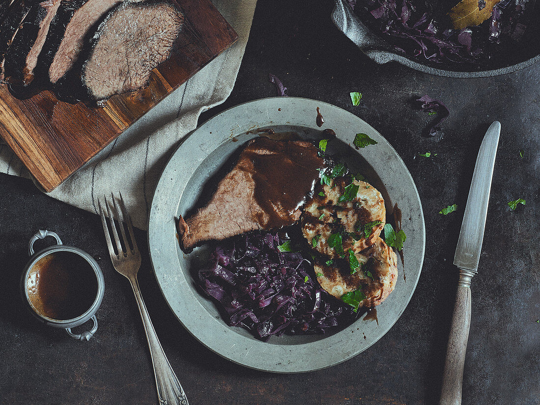 Burgundy roast beef with red cabbage and dumplings