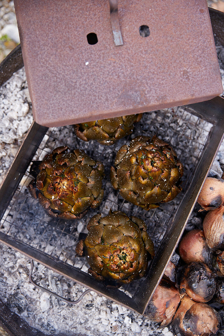 Grilled artichokes from the ember