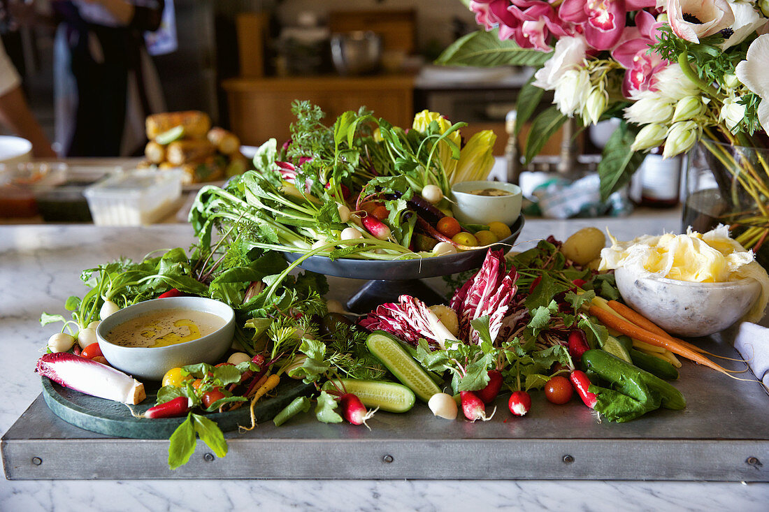 Bagna Cauda with vegetables