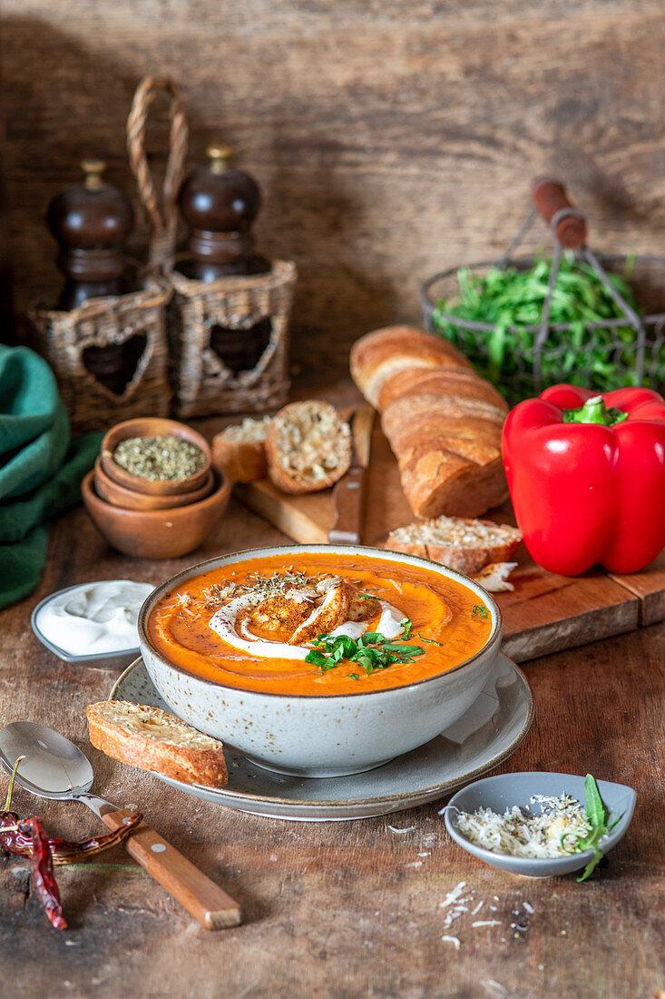 Roasted pepper cream soup