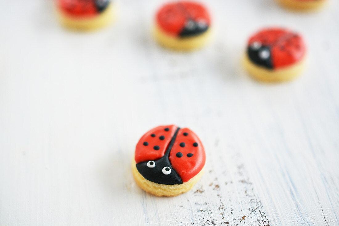 Little ladybird motif cookies