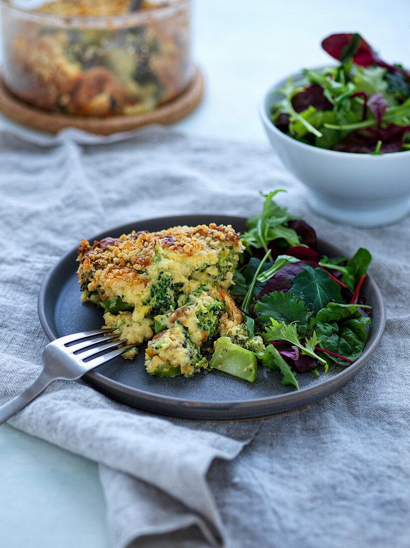 Broccoli gratin with green salad