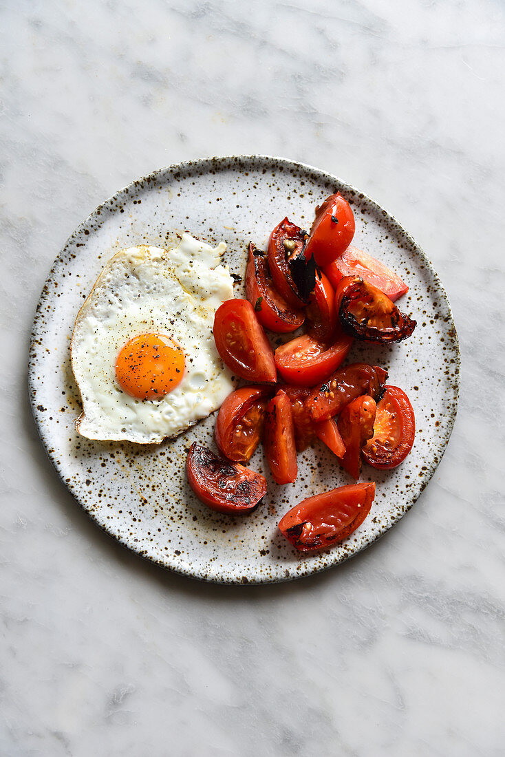 Tomatoes and Fried Egg