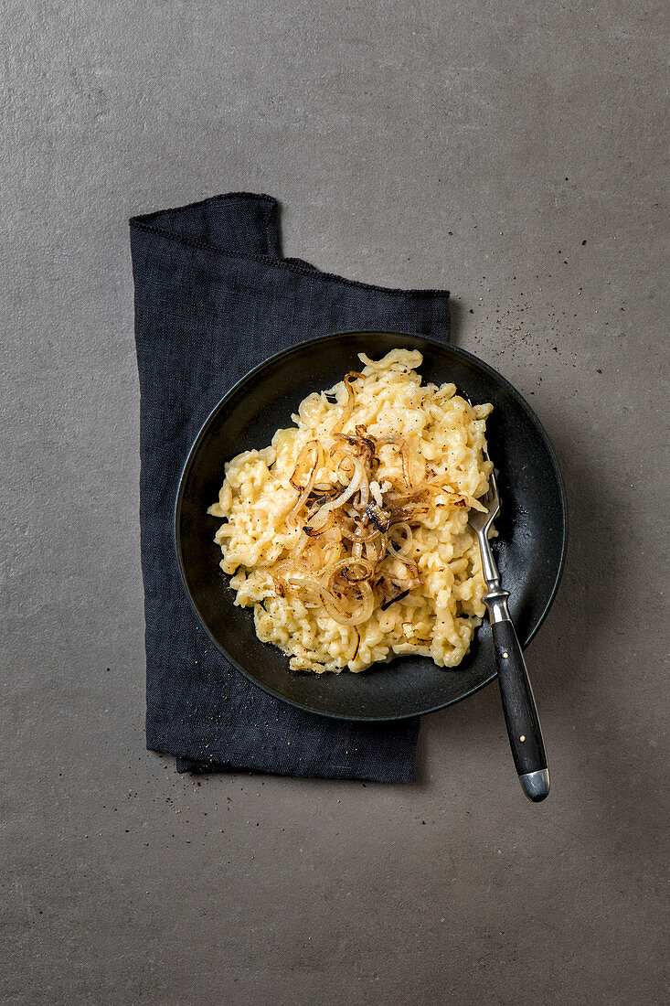 Cheese spaetzle with braised onions and pepper