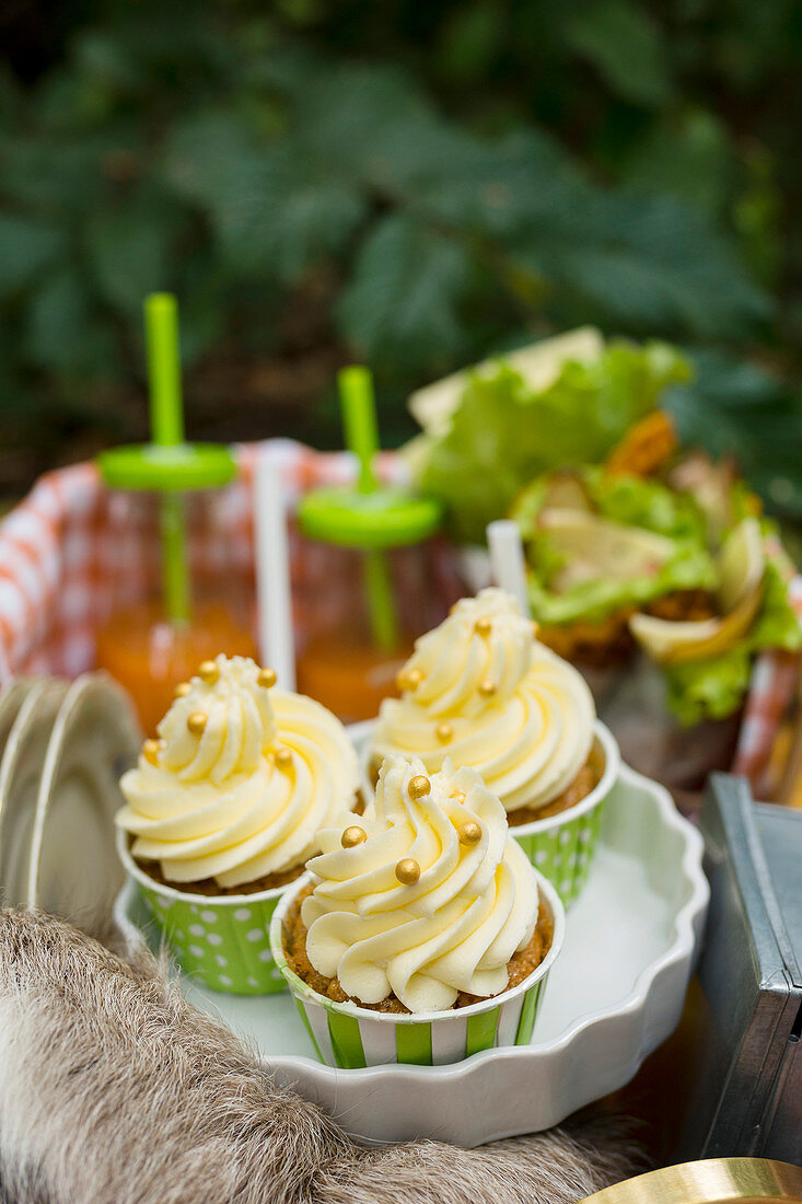 Carrot cupcakes for a picnic