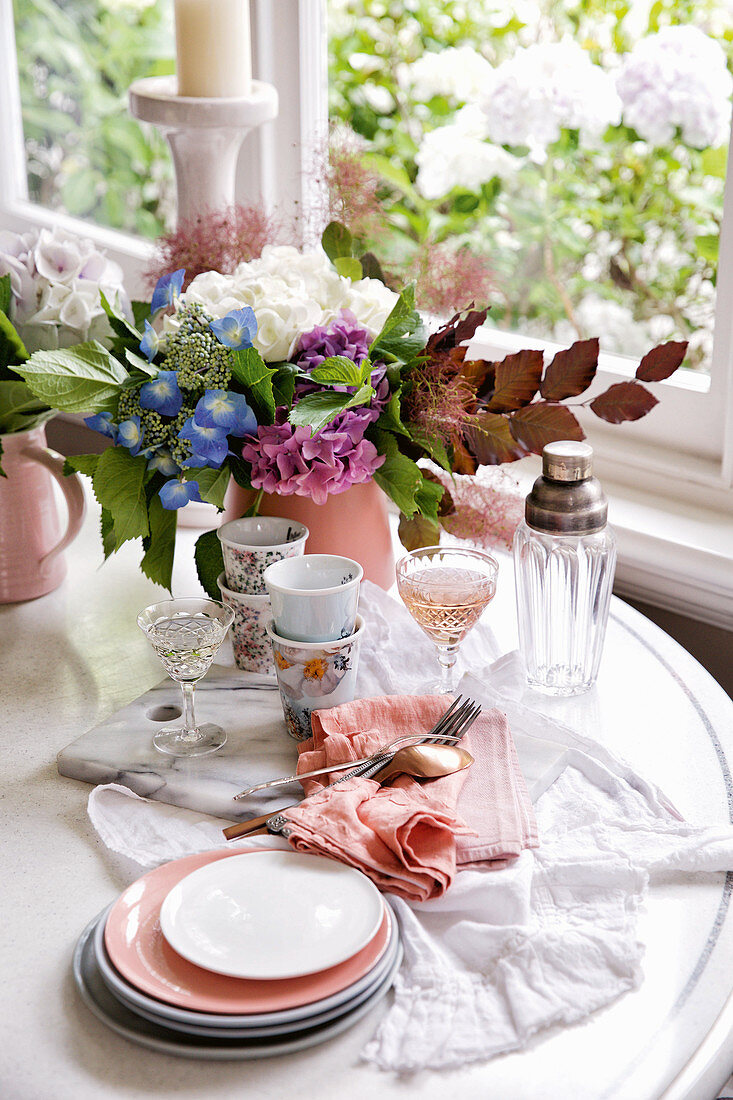 Tablesetting in pastel colours
