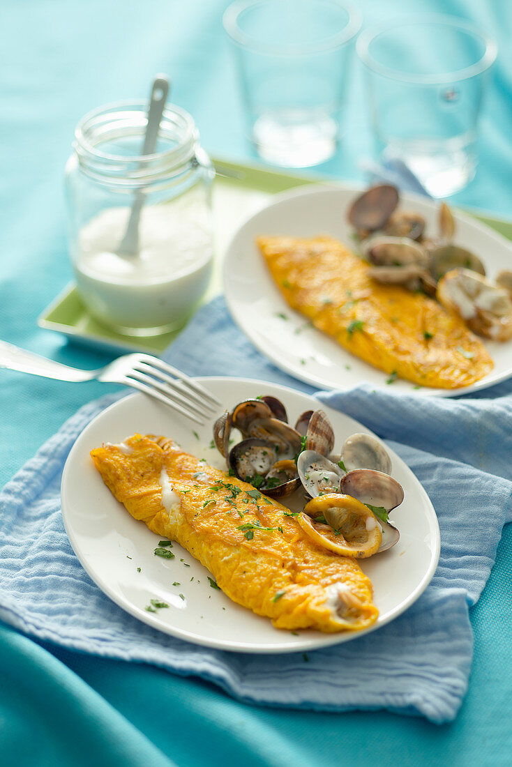 Omelette with clams