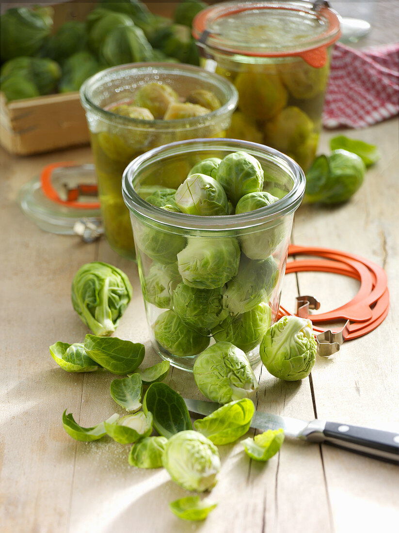 Preserved Brussels sprouts