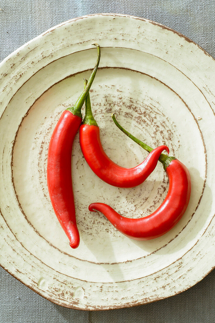 Red chilli peppers (spicy)