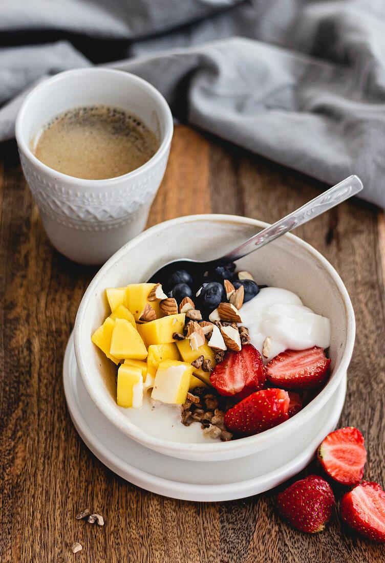 Porridge With Strawberries
