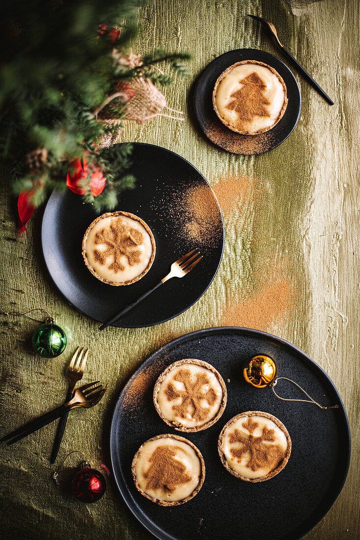 Christmas Milk Tartlets