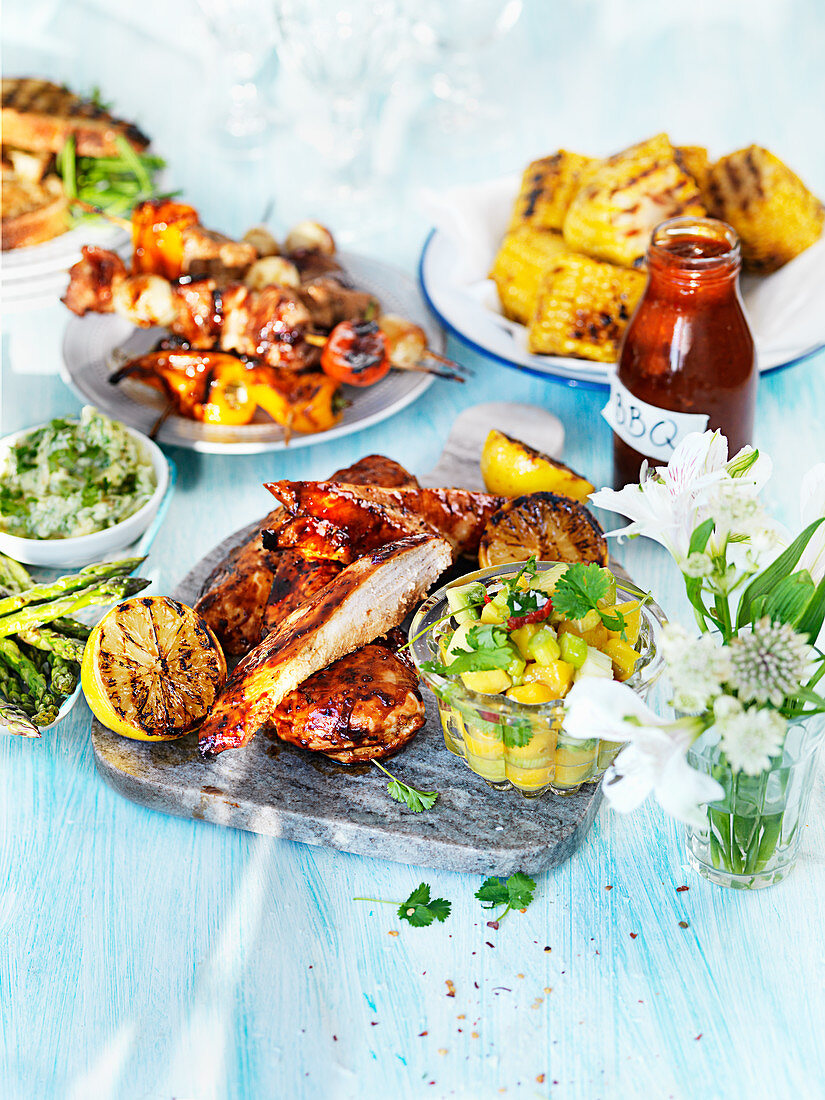 Barbeque chicken with salsa and corn
