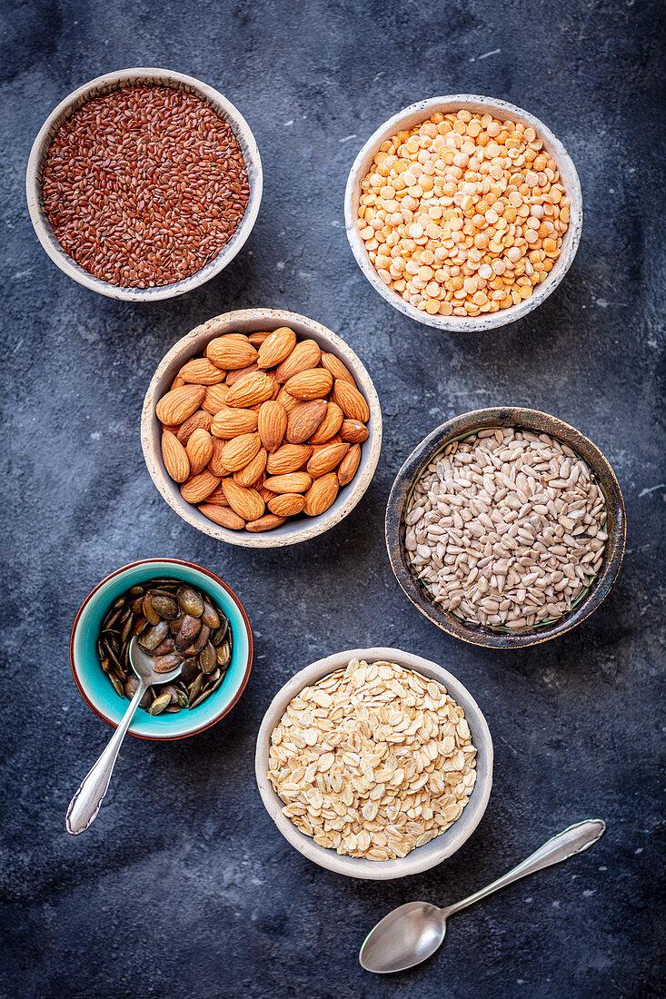 Superfoods (legumes, kernels, oatmeal)