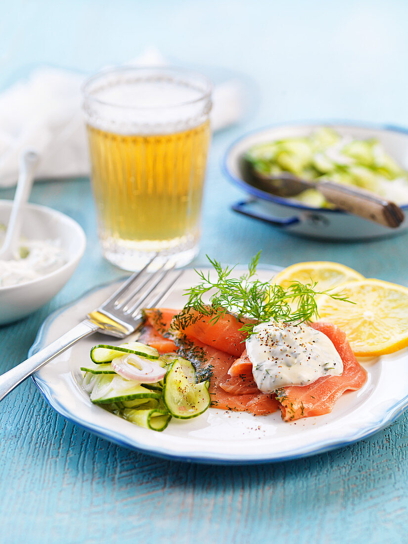 Smoked salmon with pickled cucumber, lemon and dill