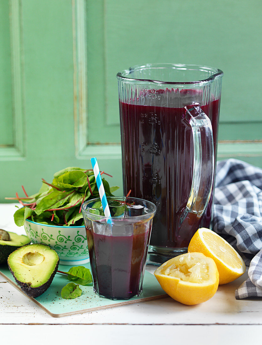 Beetroot smoothie with chard and avocado
