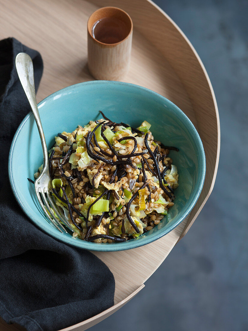 Seaweed and leek farro salad with hijiki