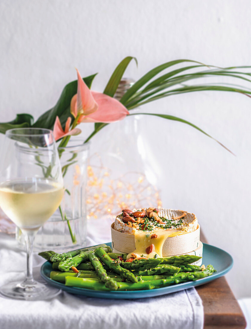 Baked camembert with asparagus dippers