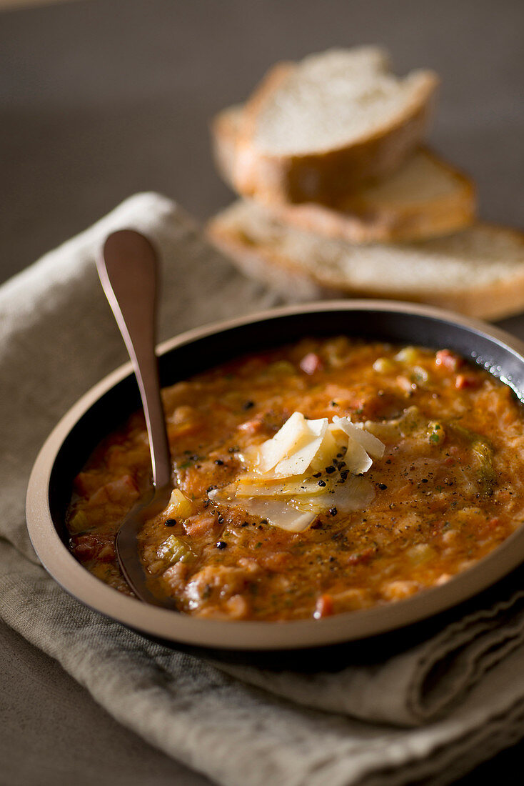 Minestra di pane umbra (bread soup from Umbria, Italy)