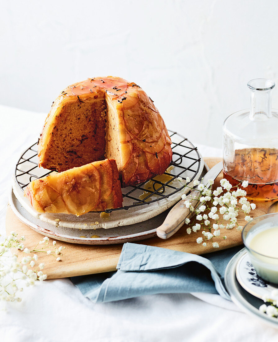 Honey, apple and jasmine tea cake