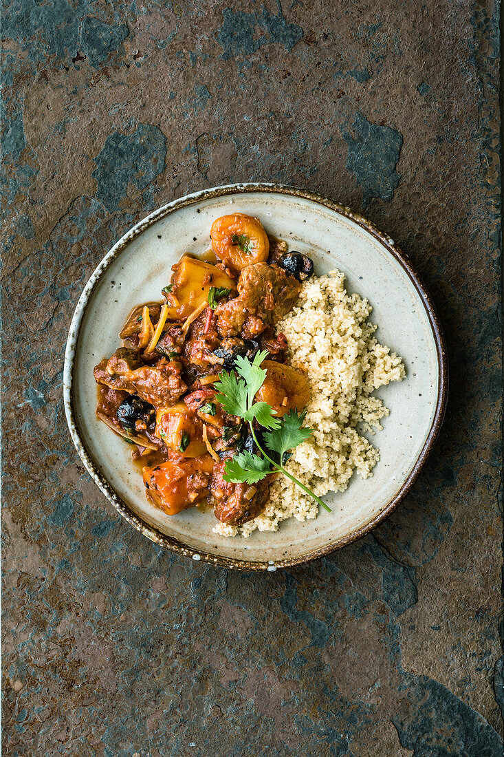 Israeli lamb tagine with potatoes and dried apricots