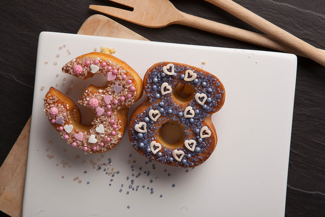 Number-shaped doughnuts