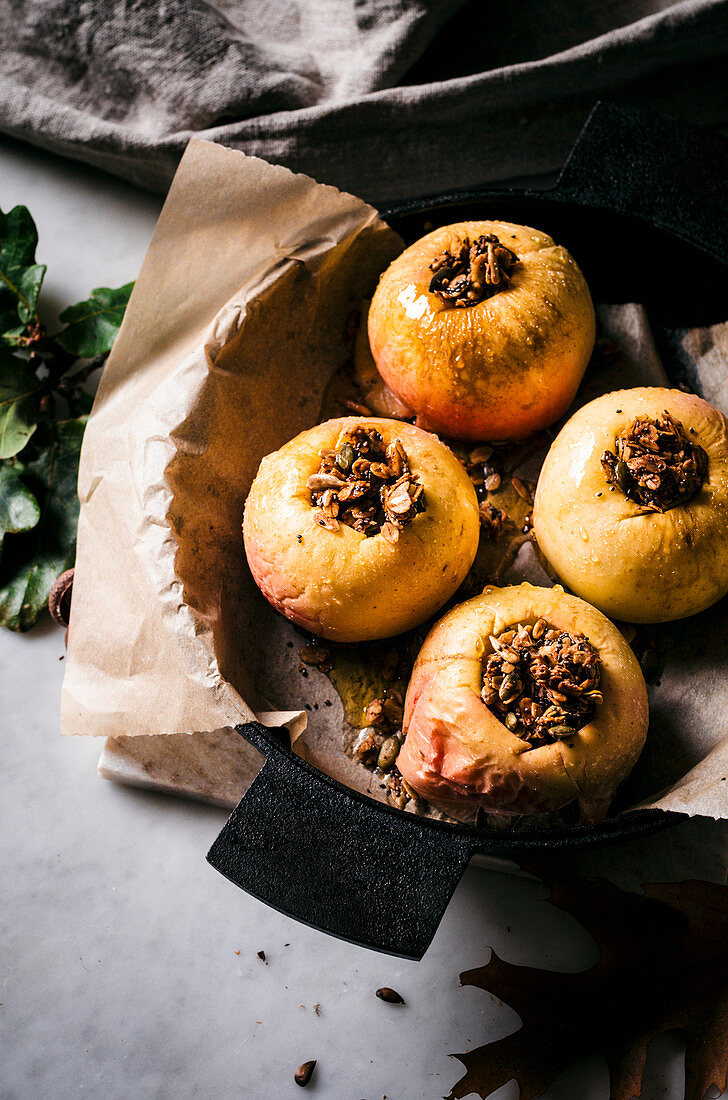 Baked Apples Stuffed with Granola and Dark Chocolate