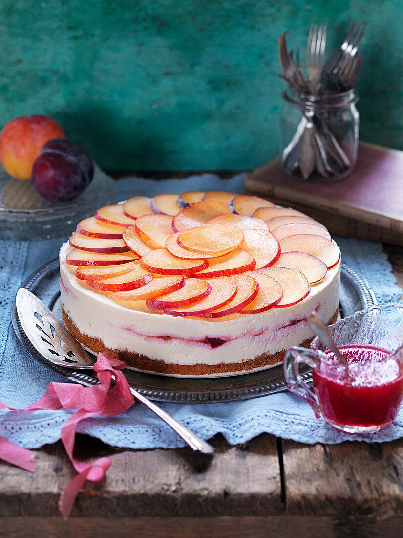 No bake cheescake with plums
