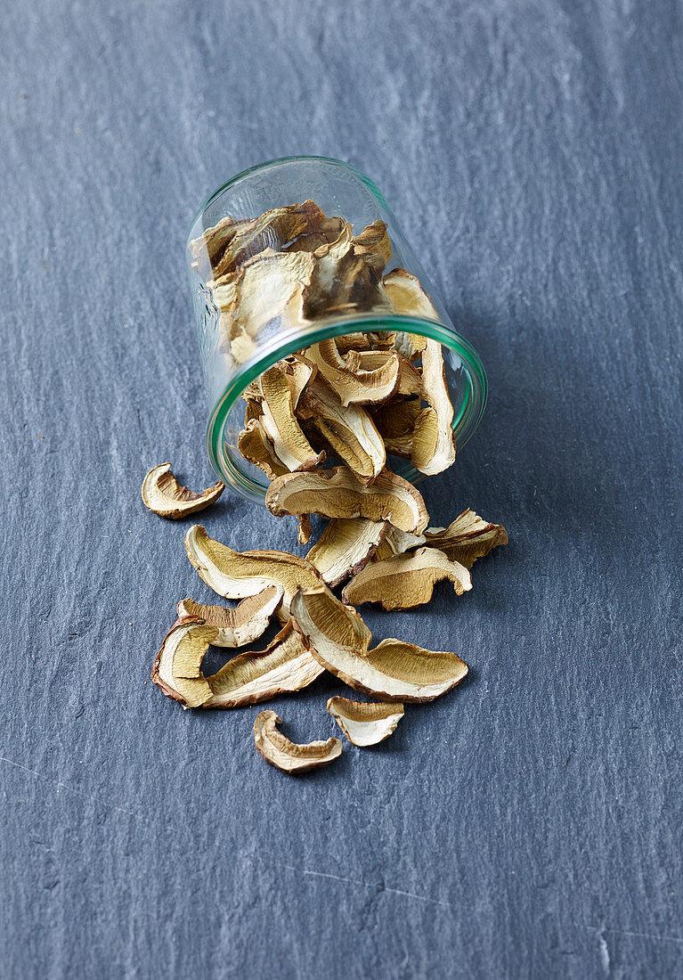 Dried ceps