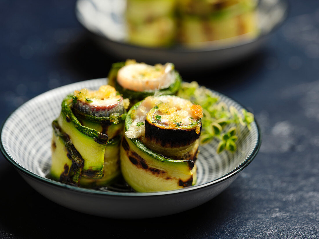 Zucchini and anchovy rolls